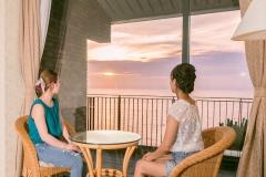 客室から眺める海・夕陽